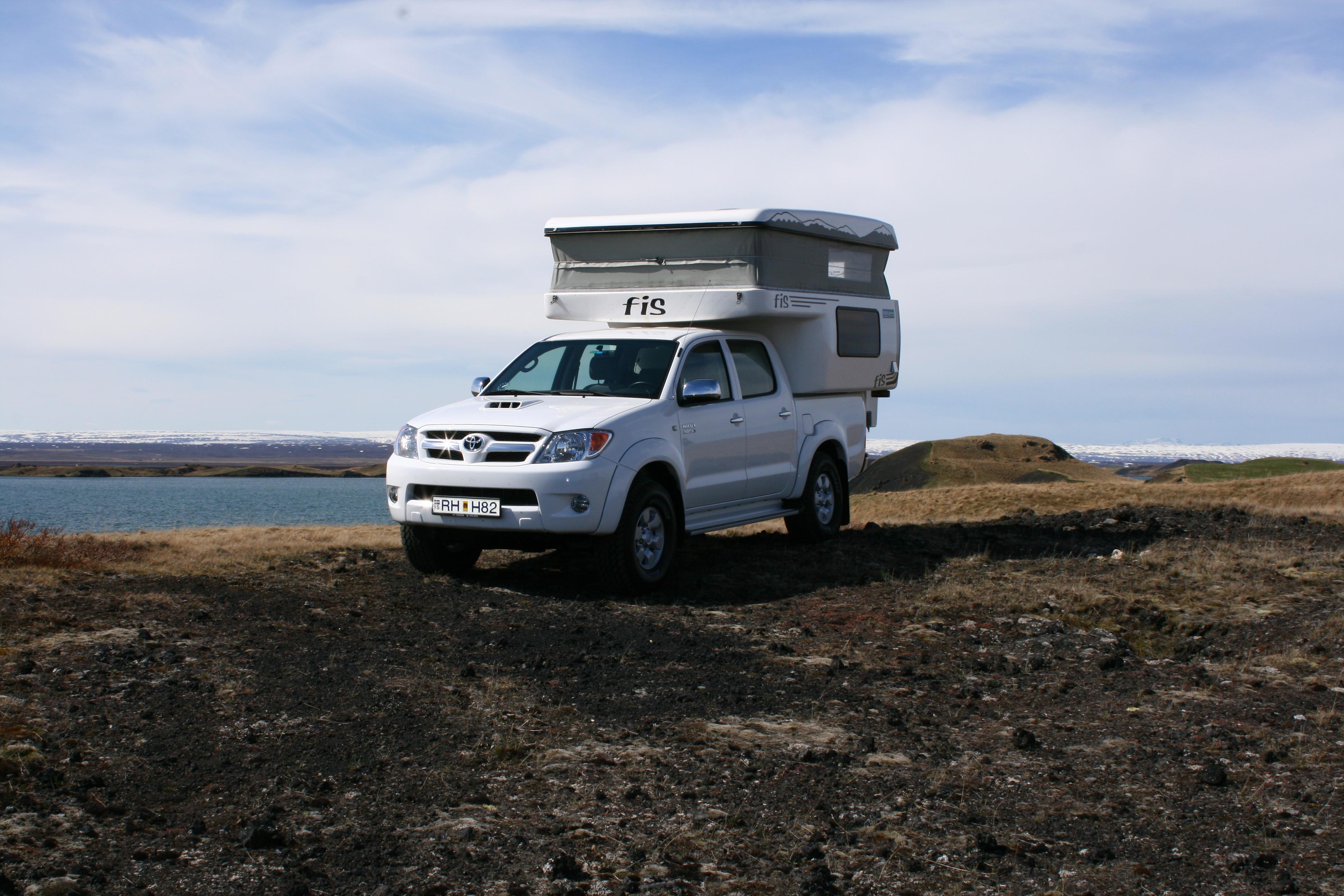 camper iceland camper rental in iceland travel guide to iceland. Black Bedroom Furniture Sets. Home Design Ideas
